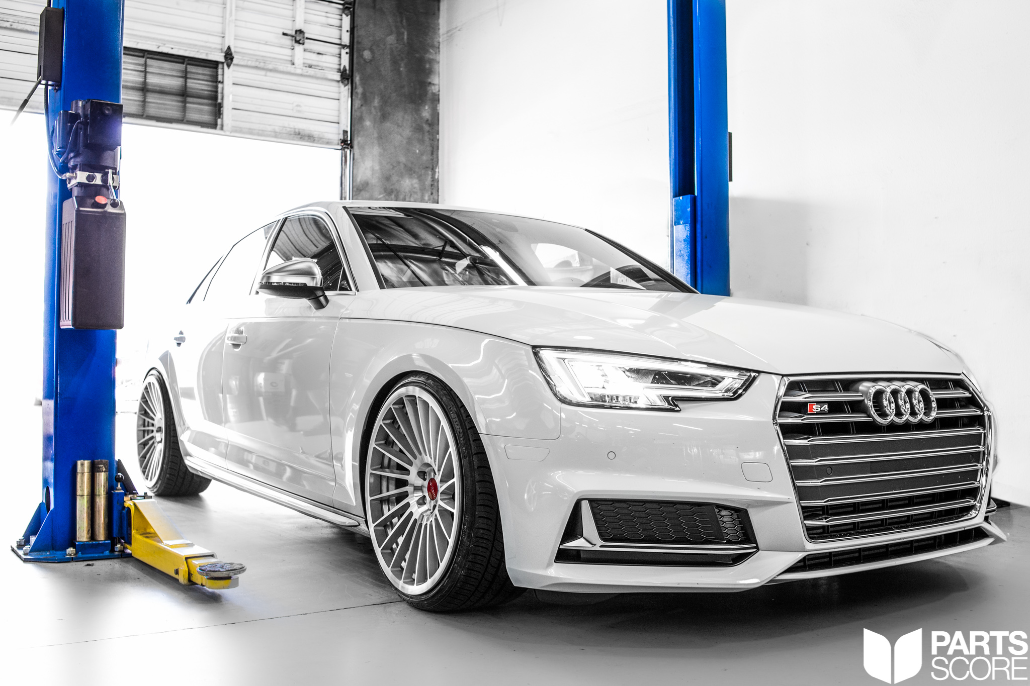 Project Parts Score Audi B9 S4 Rotiform Indt Wheels
