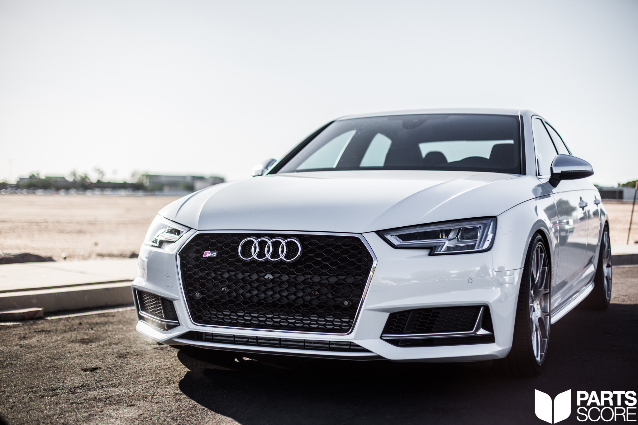 B9 S4: RS Style Mesh Front Grill Upgrade  - Parts Score